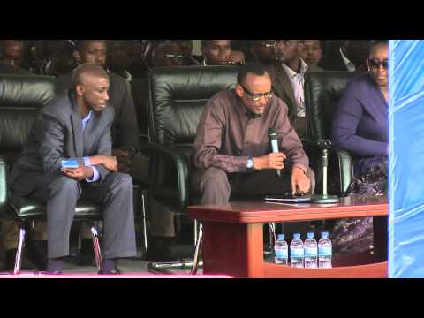 President Kagame addressing thousands of residents in Nyagatare