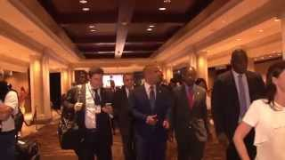 VIDEO: Haiti Premier Minis Laurent Lamothe kòmanse jounen Travay li nan lakou New York
