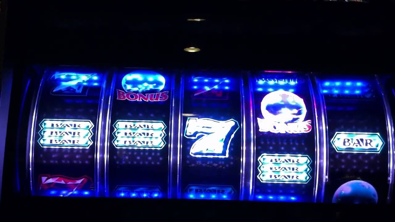 play crystal 7 slot machine