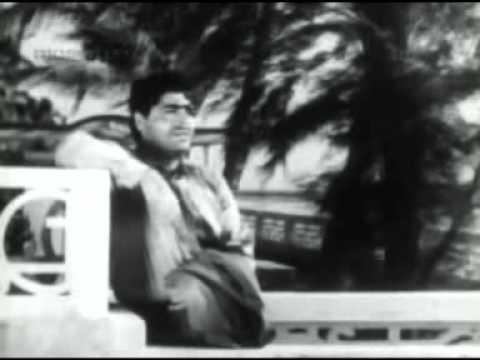 Marine Drive (1955) - Ab Woh Karam Kare Ke Sitam Main Nashe Mein Hoon Muzko - Mohammad Rafi.mp4 video