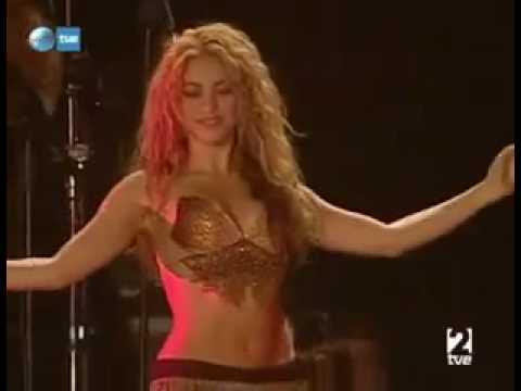 Shakira Dances To Oum Kalthoum (Enta Omri)
