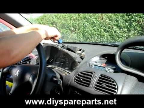 Peugeot 206 speedometer / instrument cluster removal instructions from the dashboard