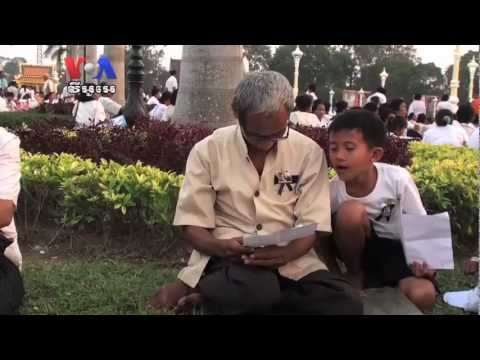 Weeping, Chanting, Praying, Cambodians Mourn Late King