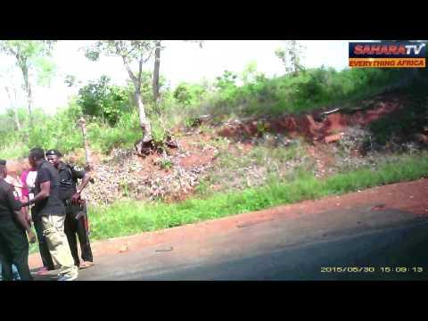 Nigerian Soldiers Threaten SaharaReporters Crew On Accident Scene In Nigeria