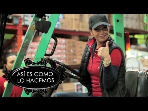 Thalia Trabaja en el Almacén | Así Es Como Lo Hacemos