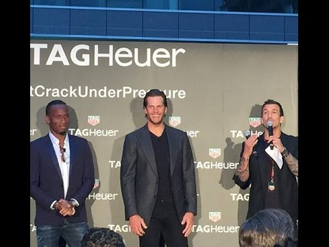 Tom Brady Frenzy and the Quarterback SNEAK in Montreal | Montreal.TV
