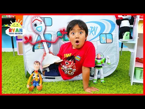 Toy Story 4 Toys Come to Life Pretend Play with Ryan!!!!