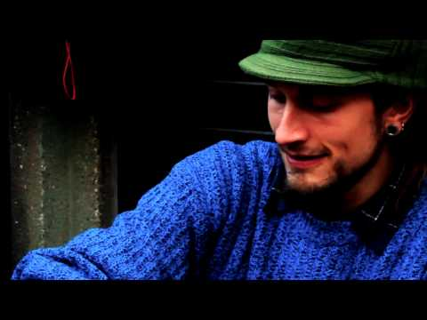 Daniel Waples - Hang Instrument - London - November 2010 - UK Music Videos