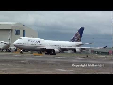United Airlines 747-400  N128UA  Heathrow Airport