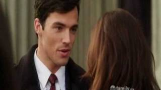 "Pretty Little Liars 1x15 Aria&Ezra ""first"" date at the art opening"
