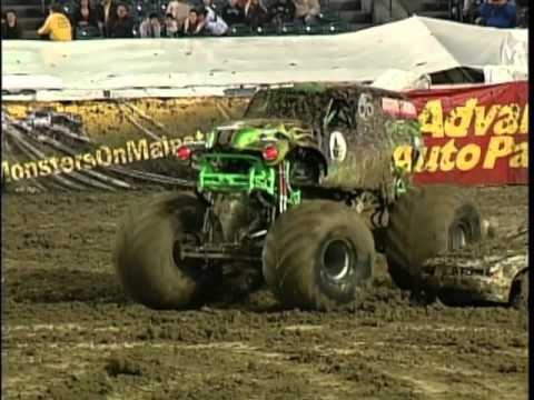 Grave Digger In Never-Before-Seen 2010 Freestyle Anaheim