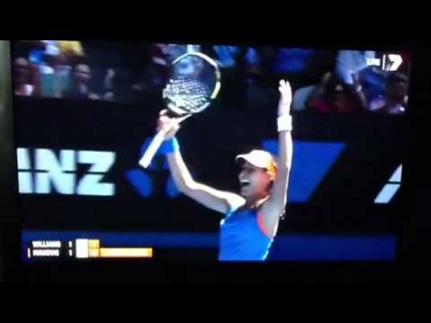 AUS OPEN - Ana Ivanovic defeats Serena Wiliams (Highlights)