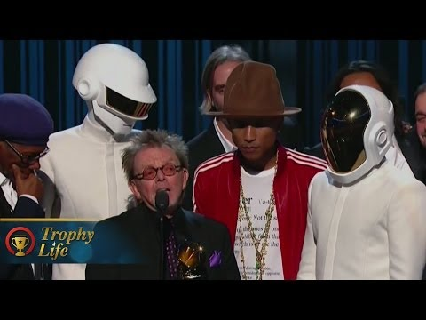 Daft Punk Wins BIG at GRAMMY Awards 2014 Album of the Year Video!
