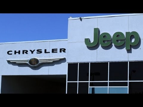 Chrysler agrees to recall Jeeps