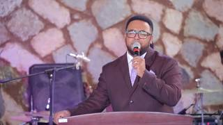 Man of God Prophet Jeremiah Husen prophetic worship - AmlekoTube.com