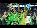 Elite Eight: Oregon thumps Kansas