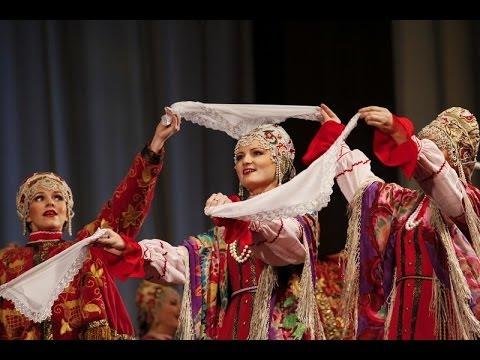 В Краснодаре выступил Северный академический русский народный хор