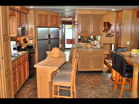 Virtual Tour of Monticello  Houseboat S&S Houseboats, Lansing Iowa  1-(800) 728-0131