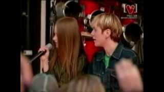 Watch Avril Lavigne Friends video