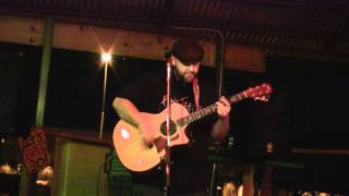 Shane Hunt performing at Dos Gringos