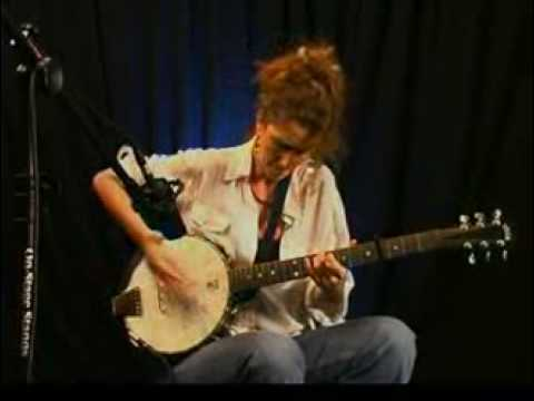 Vicki Genfan On Banjo Performance