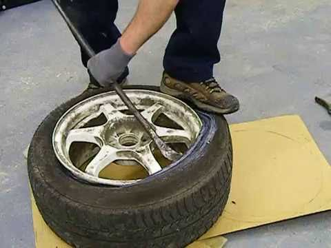 How To Use Tyre Levers On A Car