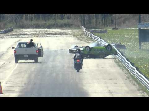 Plymouth Cuda 1/4 mile CRASH at Sparta