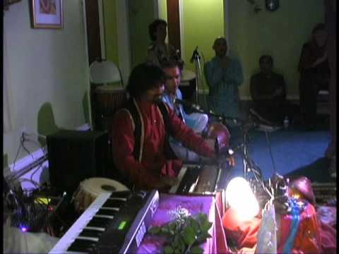Bhakti Boys with Russill Paul (Har Har Bhole Namaha Shivaya)