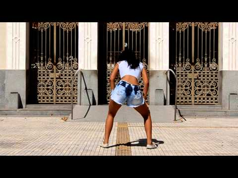 Taina Costa (Rainha do Quadradinho) - Mc GB (Convoca o Tiito Dancy)