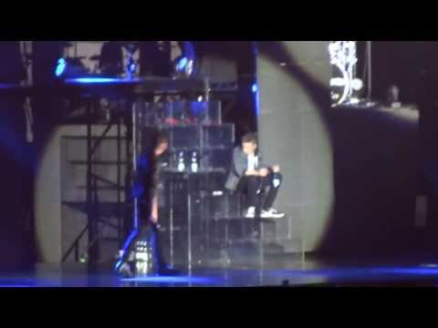 One Direction, Kiss You - Stockholm, Sweden video