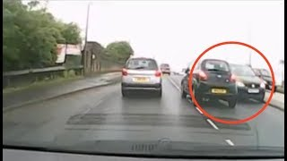 Man Goes Crazy and Drives on Wrong Side of Road (aldadon_marley)