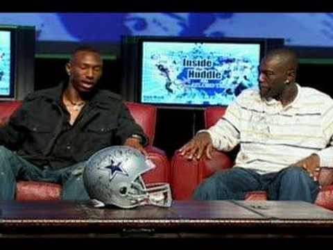 Dallas Cowboys Terrell Owens wears tights and ankle bracelets Video