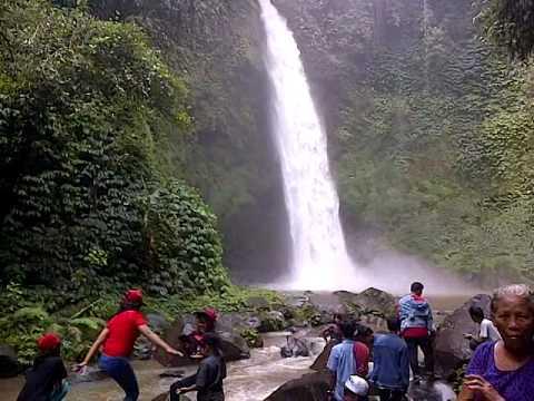 download lagu Nungnung Bali Waterfall gratis