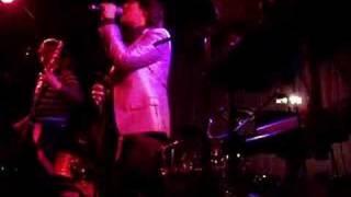 Watch Temposhark Paris video