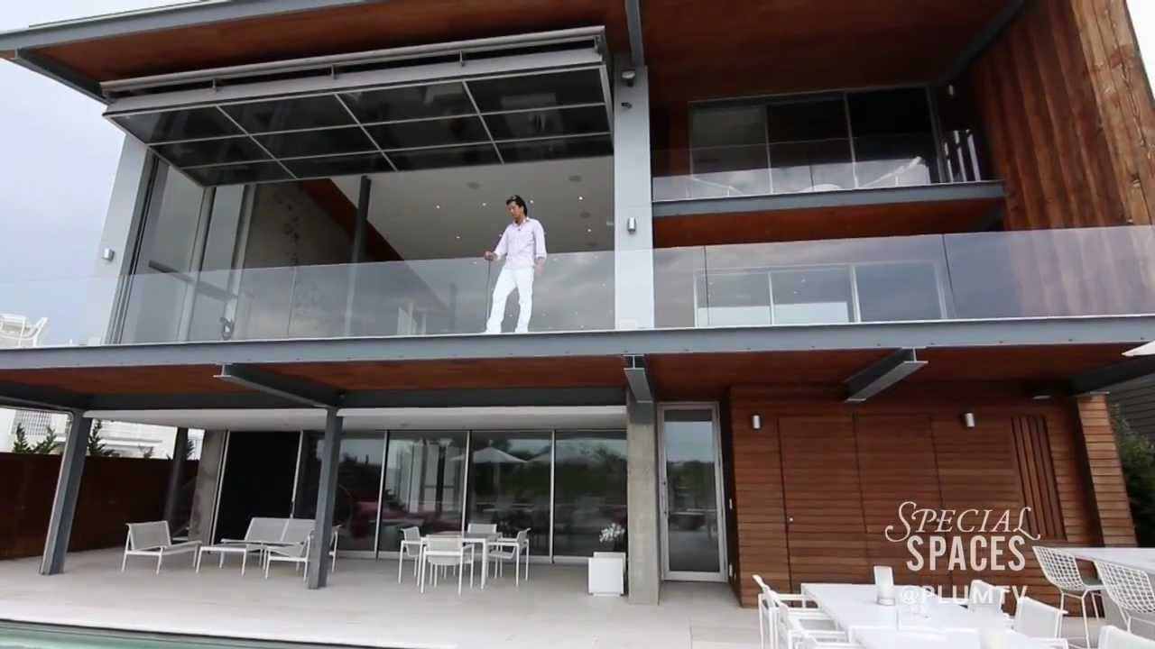 Tour a spectacular oceanfront home without walls youtube - The house without walls ...