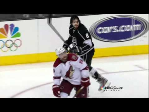Shane Doan & Drew Doughty rasslin. Phoenix Coyotes vs Los Angeles Kings Game 3 5/17/12 NHL Hockey