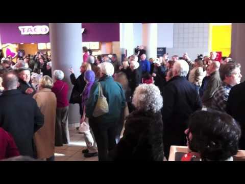 Flash Mob Crossgates Mall Hallelujah Chorus