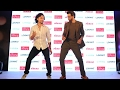 download mp3 dan video Hrithik Roshan Vs Tiger Shroff DANCE FACE OFF At Maharashtra Most Stylish Award 2017