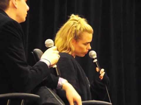Chicago TARDIS 2014 clip: Billie Piper on