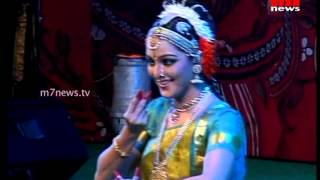 Manju Warrier Performs Kuchipudi @ Nishagandhi Festival 2015