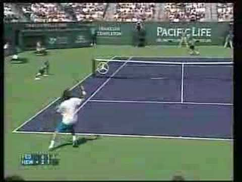 Federer one of the best points against Hewitt