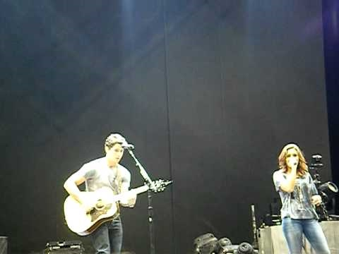 jonas brothers concert 2010 part 1 Video