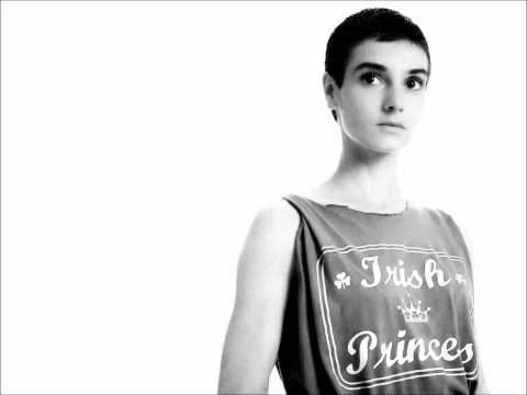 Sinead Oconnor - I Am Streched On Your Grave