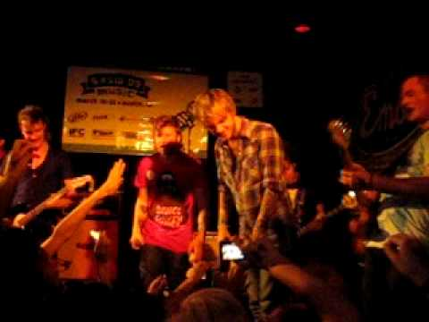 CRAIG OWENS JOINS JONNY CRAIG AND EMAROSA ON STAGE (AUSTIN, TX)