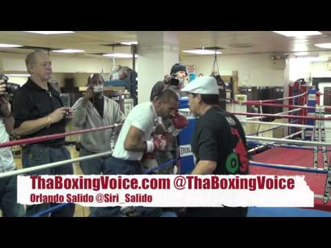 ORLANDO SALIDO DOING PAD WORK MUST SEE