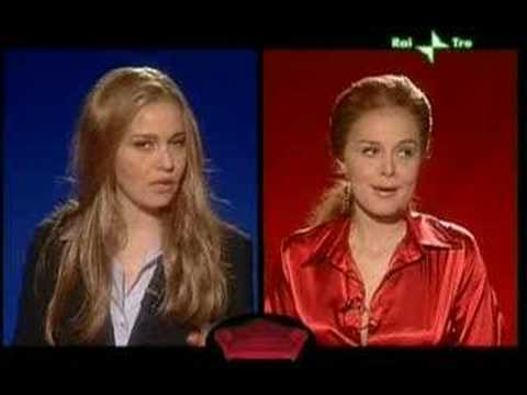 "Paola Cortellesi ""Prestigiacomo-Santanchè"" intervista doppia"