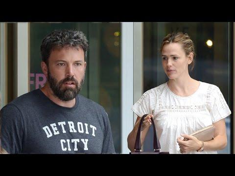 Ben Affleck and Jennifer Garner Were 'Distant' On Latest Visit