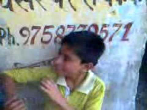 Www.mirzatilla Funny Sanjay Os Kudi Vich Mitra Di Jaan He video