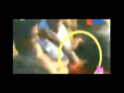 Congress Mla Ruminath Beaten By Mob video