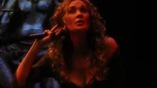 download lagu Dana Fuchs - Love Hurts - 12/16/16 gratis